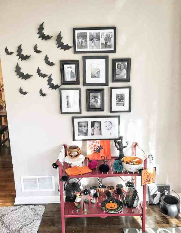 Halloween Bat Decor for Wall #diy #barcart #halloween