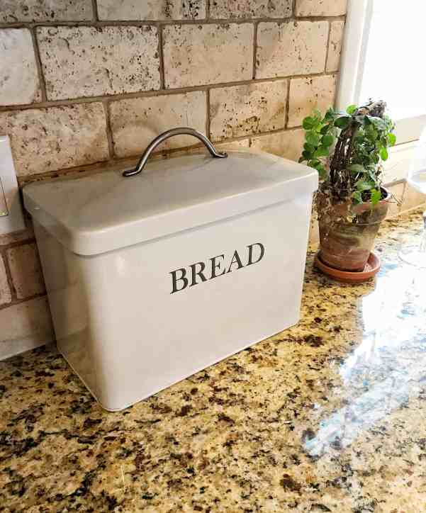 Farmhouse Essentials: Bread Box
