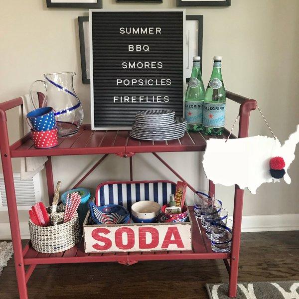Easy Outdoor Entertaining Ideas with a Bar Cart