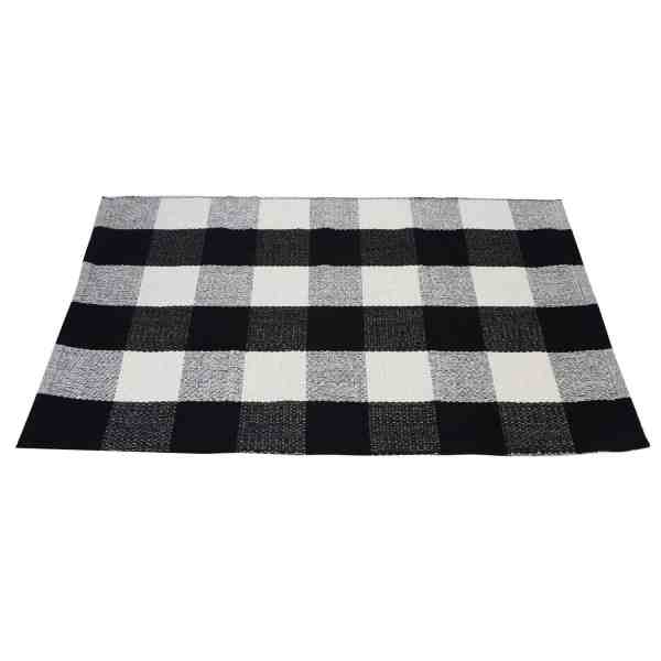 Inexpensive Buffalo Plaid Doormat #buffalocheck #falldecor #farmhousestyle
