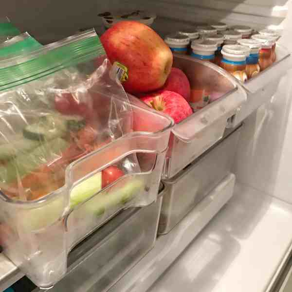Keep pull out drawers accessible for kids for school lunch prep #refrigeratororganization #fridgestorage #organizationtips