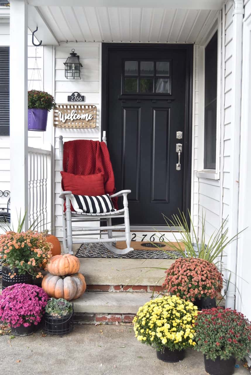 Fall Front Porch Inspiration #small #frontdoor #farmhouse