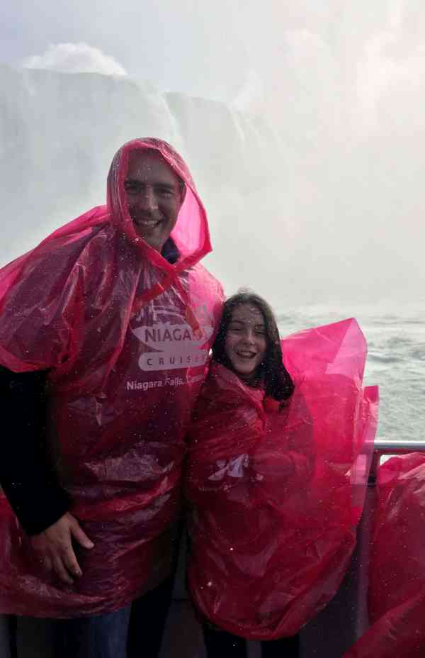 What to do with kids in Niagara Falls Canada #attractions #tours #familyfriendly