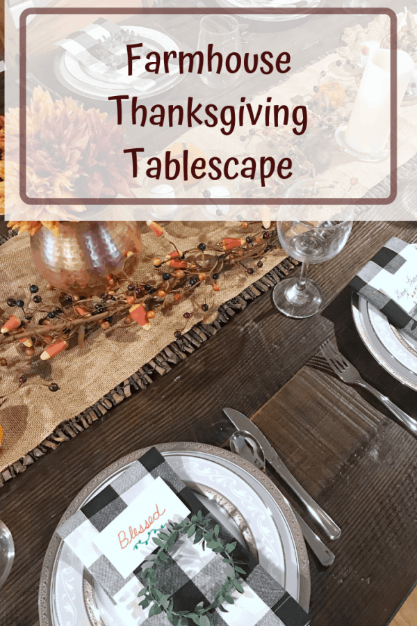 Rustic Farmhouse Thanksgiving Table Decorations #centerpiece #buffalocheck #tablesetting