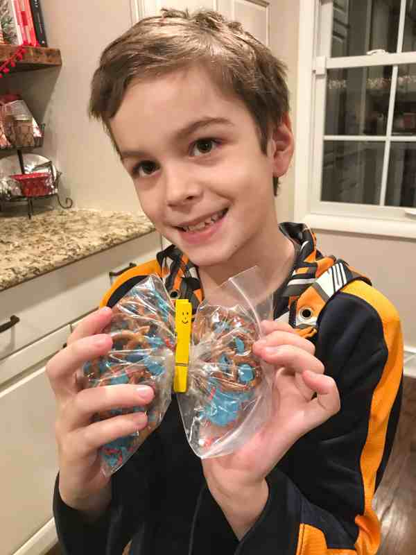 Our honest review of the Kids Night In Box #subscriptionboxes #kidssubcription #familyactivities