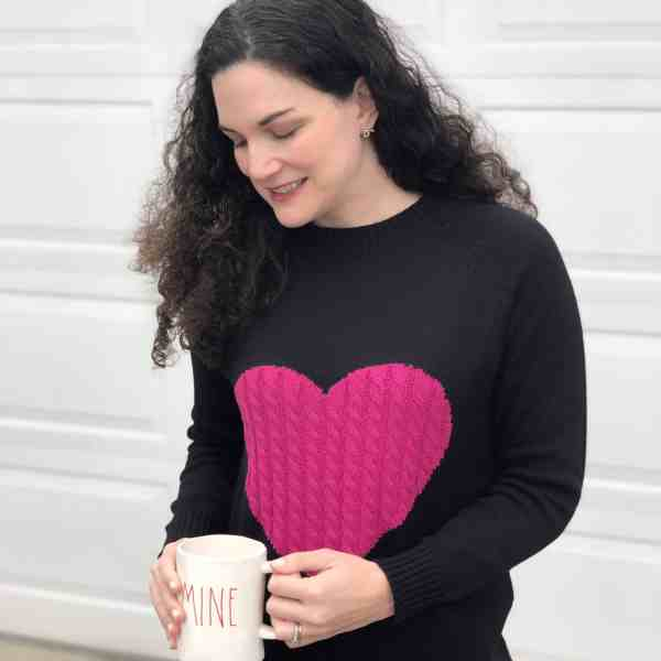Valentines Day Outfit Ideas #winterstyle #valentinesday #styleformoms