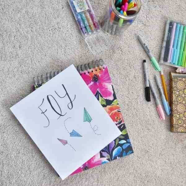 How to create a bedroom for your tween girl #decorideas #diydecor #inexpensive