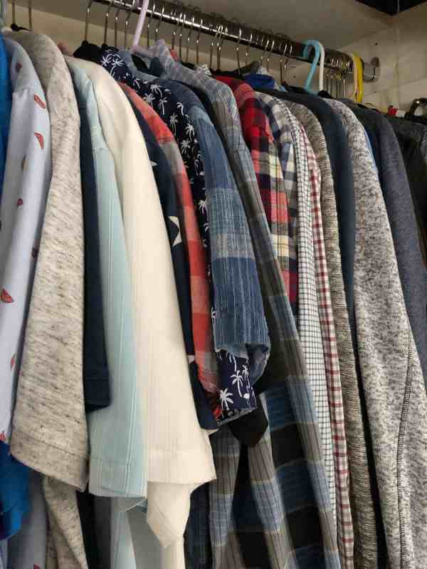 7 Easy Steps to Decluttering Clothes #konmarimethod #clothesorganization #cleartheclutter