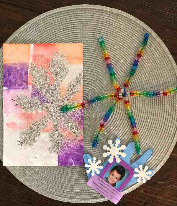 What is included in a Kids Night In Subscription Box Kids Night In Box Winter Review #affliliate #kidsactivities #subscriptionbox