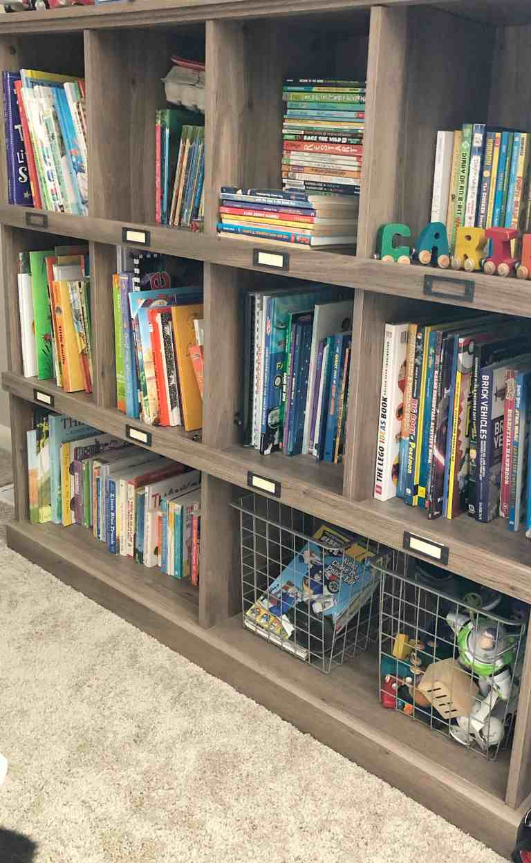 organizing kids books and toys