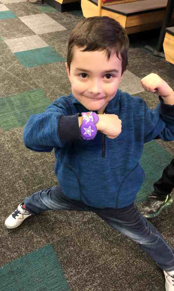Chuck E. Cheese's Pay as you Play #sponsored #attractions #admission