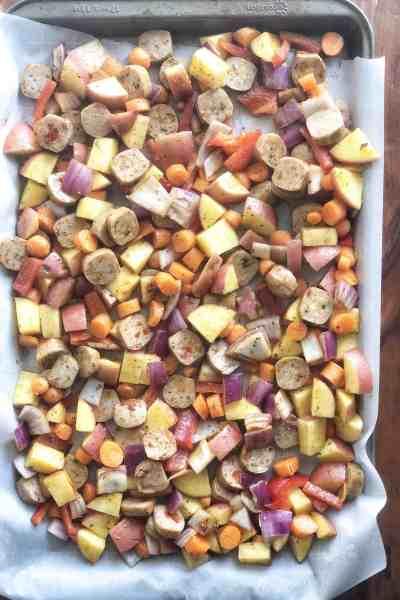 Cajun Style Sausage, Potato and Veggies Sheet Pan Dinner #easy #chicken #sheetpanrecipes