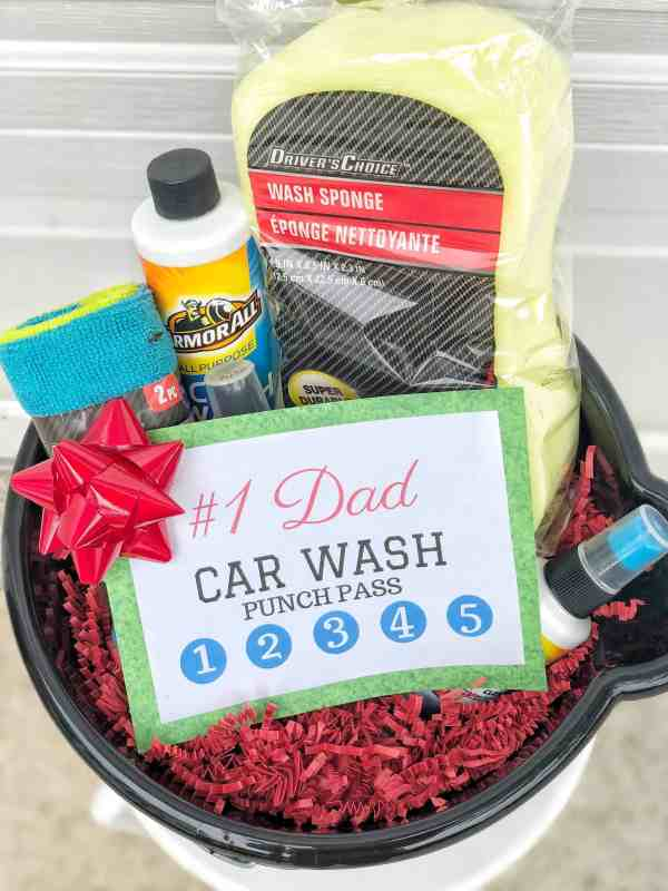 DIY Father's Day Gift Basket Idea #homemade #giftsforhim #dads