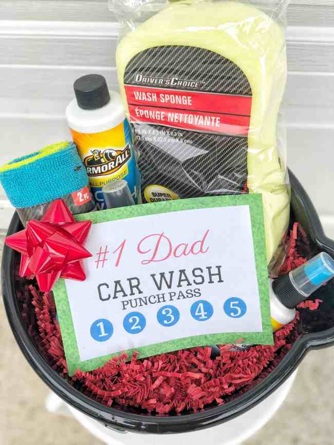 Father's Day DIY Gift Idea: Car Wash Basket #homemade #giftsforhim #dads