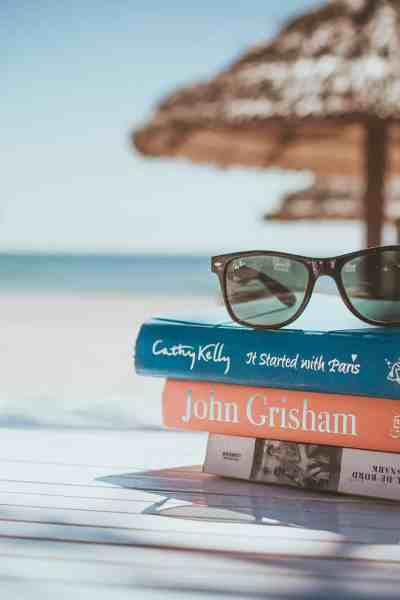 Summer reading challenge for adults 2019 #summerbooklist #books #reading