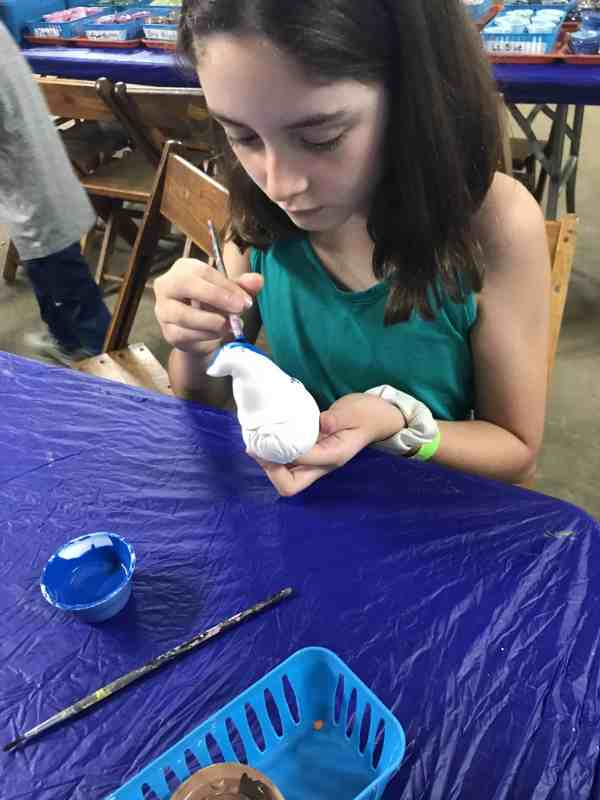painting pottery at jellystone park at kozy rest