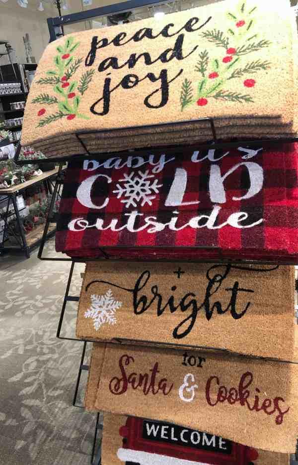 Christmas doormats #plaid #frontdoor #porchdecor #christmasdecorations