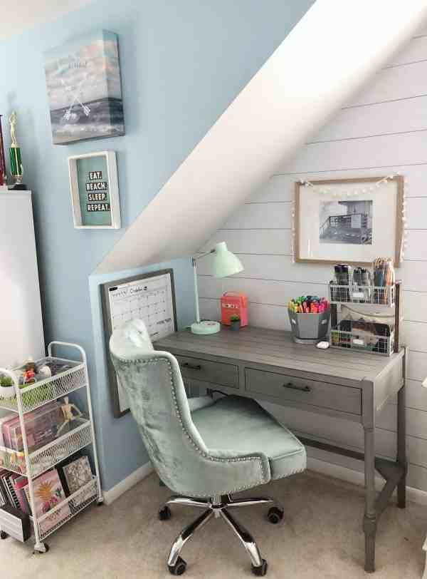 Tween girl desk inspiration