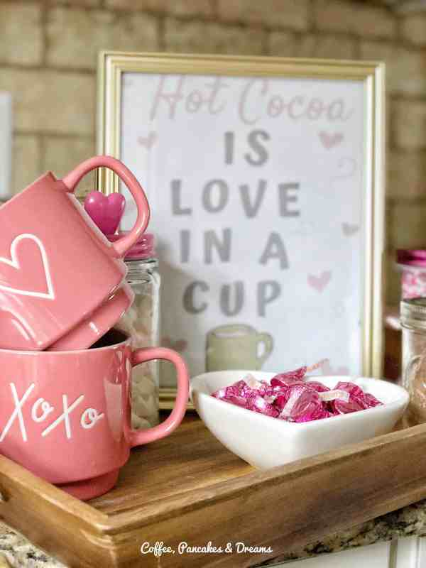 Valentine's Day Printable #hotcocoa #hotchcocolate #valentinesdecor