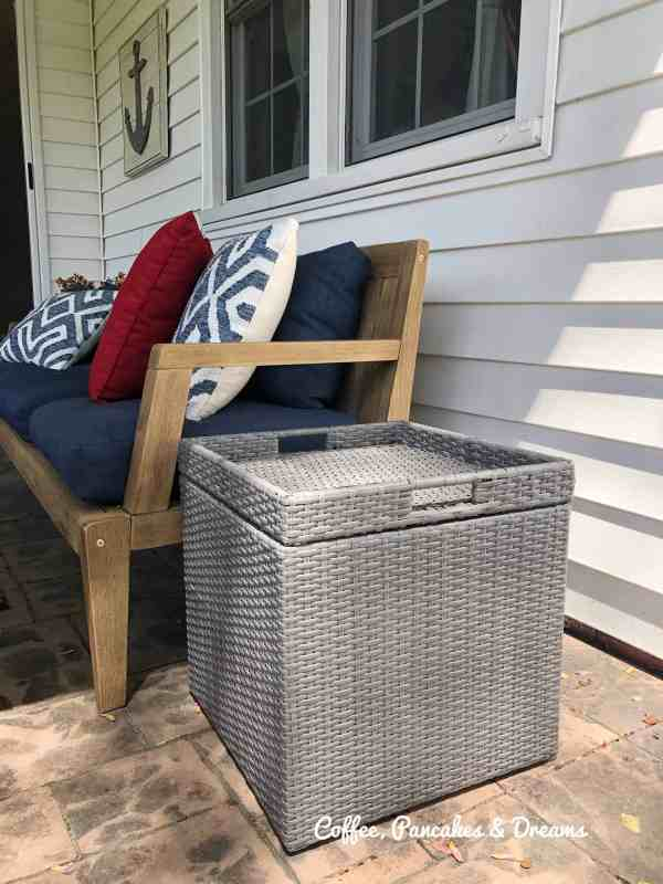 Inexpensive Wicker Outdoor Table