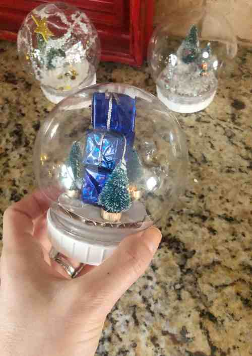 How to make a snow globe #dollartree #diy #christmascraft