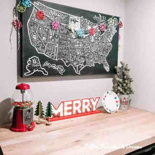 Merry and Bright Christmas Playroom Tour #garland #diy #fun #whimsical