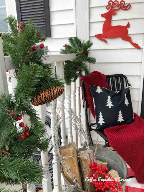 Front Porch Christmas Decor Ideas #budget #small #holiday #outdoordecor