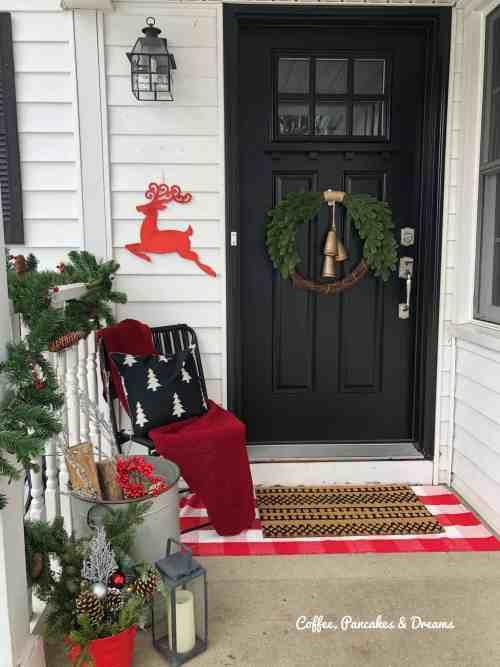 Buffalo Check Christmas Front Porch Decor #farmhouse #rustic #cozy #small