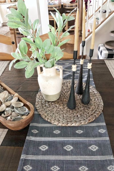 coastal table centerpiece