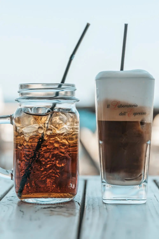 Caffeine in coffee vs tea