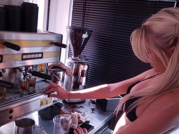 start a bikini stand, open an espresso bikini barista stand