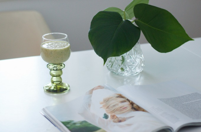 Coffee Table Diary Green leaves Greenish smoothie Porter Magazine