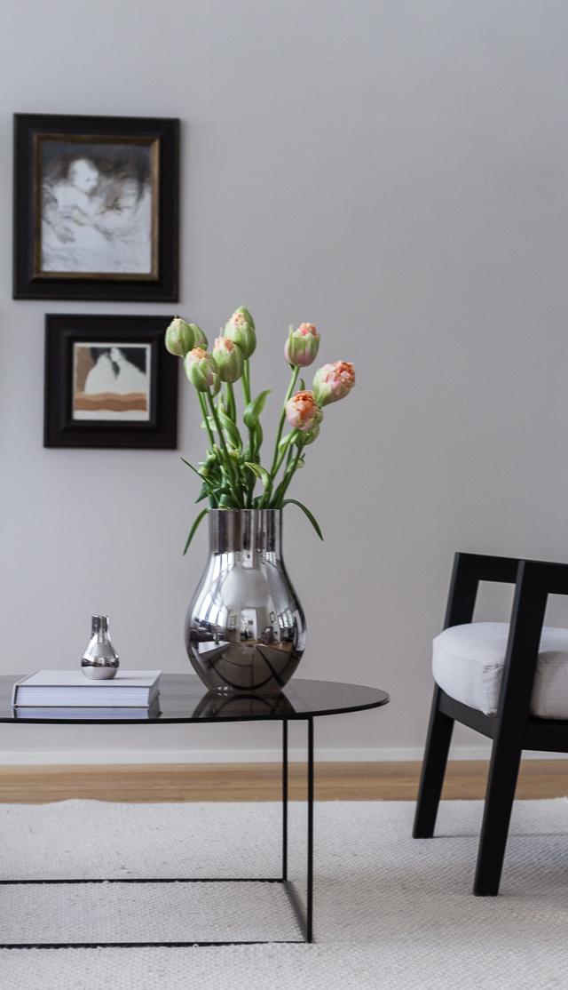coffee table diary olohuone French tulips cafu georg jensen