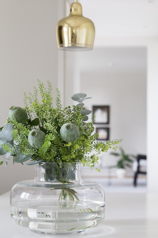 Green bouquet Marimekko Urna-1