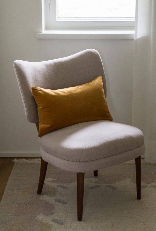Tuolin verhoilu soffan-1