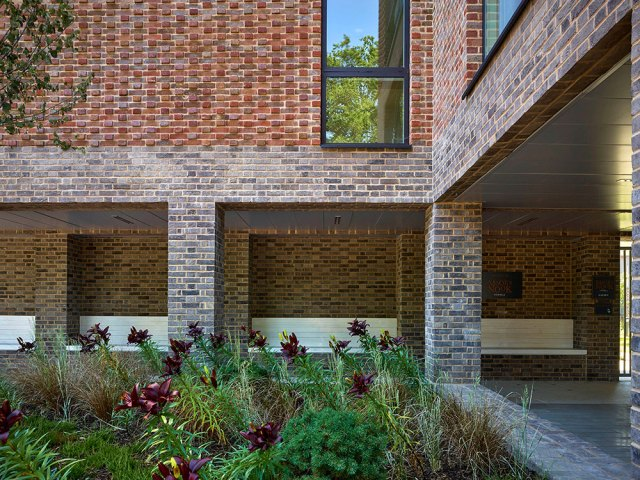Colonnade_Moor-Courts_Coffey-Architects_Photo-Credit-Tim-Soar