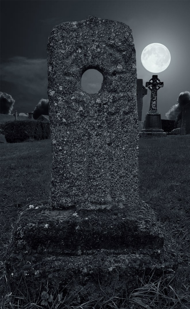 Super_Moon_Over_Sacred_Ground_3_jpg-Recovered