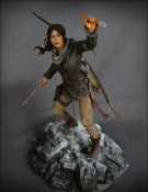 rise-of-the-tomb-raider-edition-collector-square-enix-statuette-02