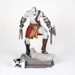 god-of-war-4-10-ans-statuette-collector-07