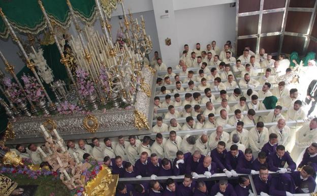 La Cofradía de Nueva Esperanza de Málaga expondrá a sus imágenes en los tronos durante la Semana Santa