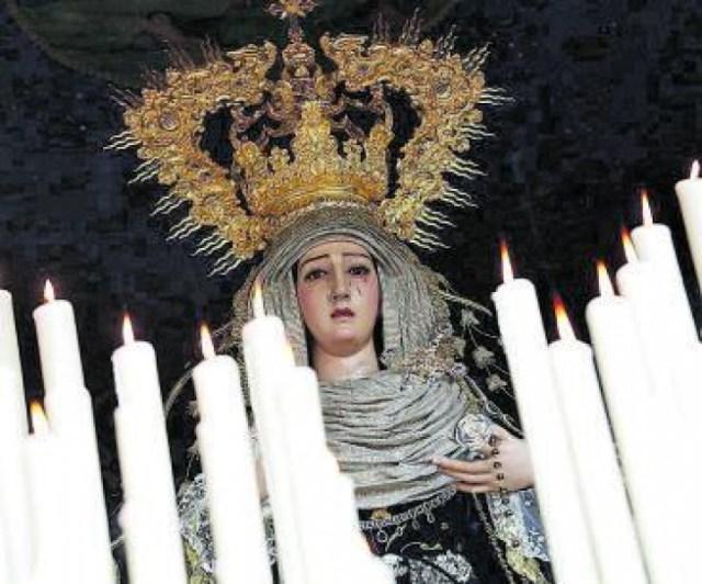El Caído de Córdoba realiza una copia digital de sus imágenes titulares