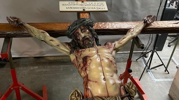 El Cristo de la Gran Entrega de Miami, hermano del crucificado de la Universidad de Córdoba