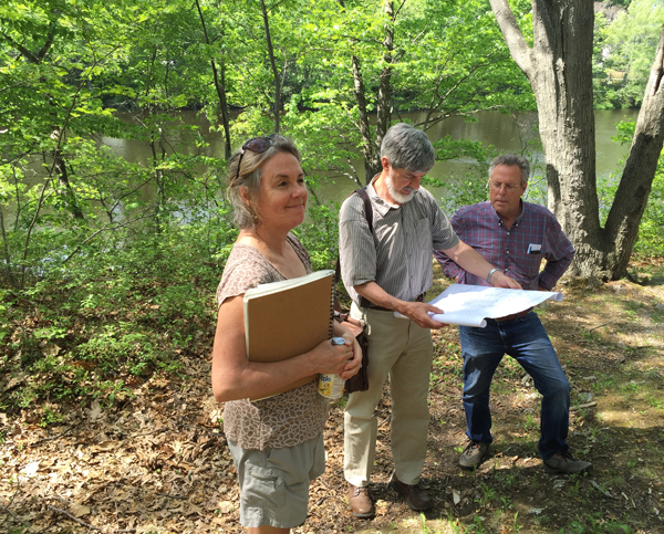 COGdesign volunteers Diana Simon, David Jay, and Fred Smith visit Mother Brook/ Karen Clay