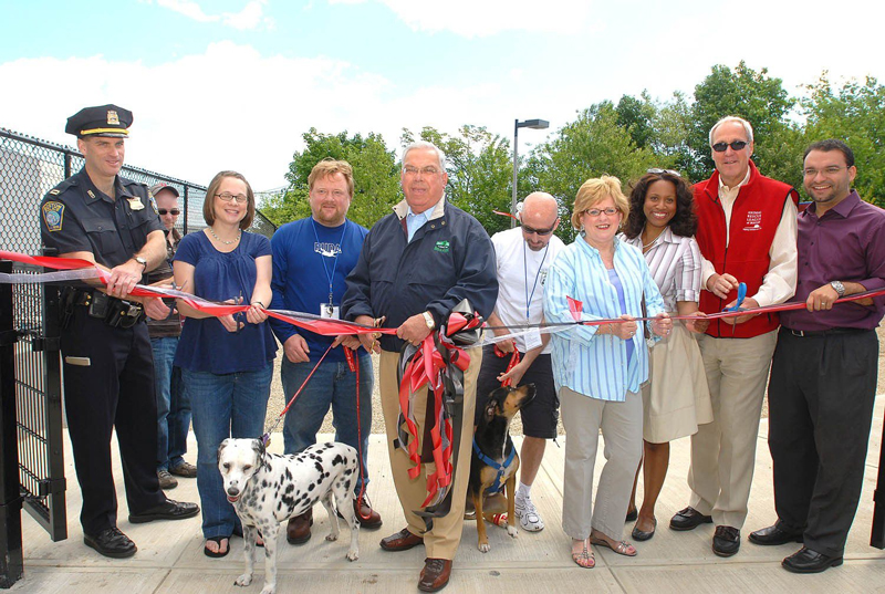 Ronan Park Dog Run Ribbon Cutting/ Isabel Leon
