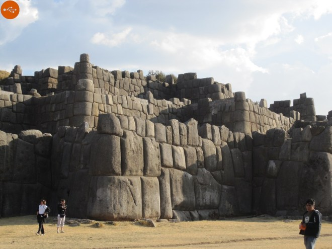 Ancient Peruvian, knew softening the rock? The mystery of Sacsayhuaman