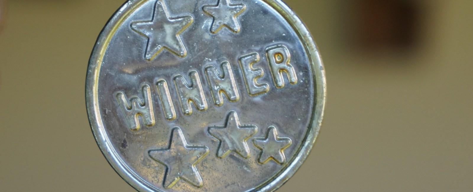Winner award medal (Photo credit:AxxLC / Pixabay)