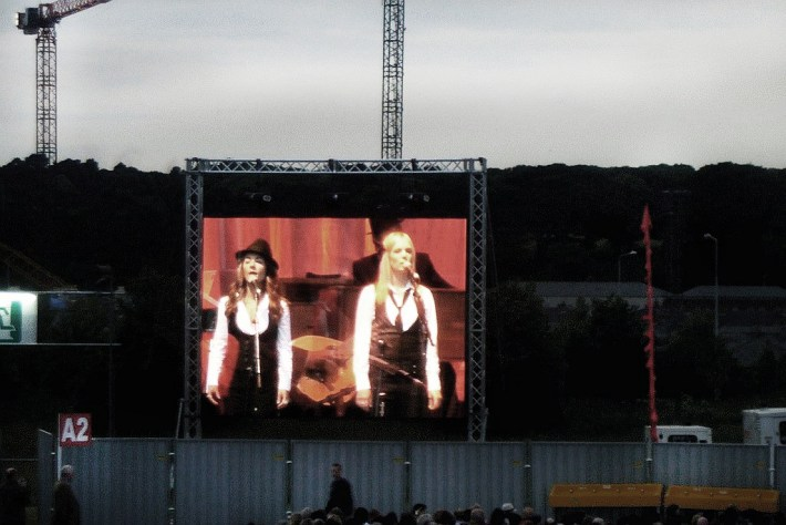 Webb Sisters on tele - Dublin 2008