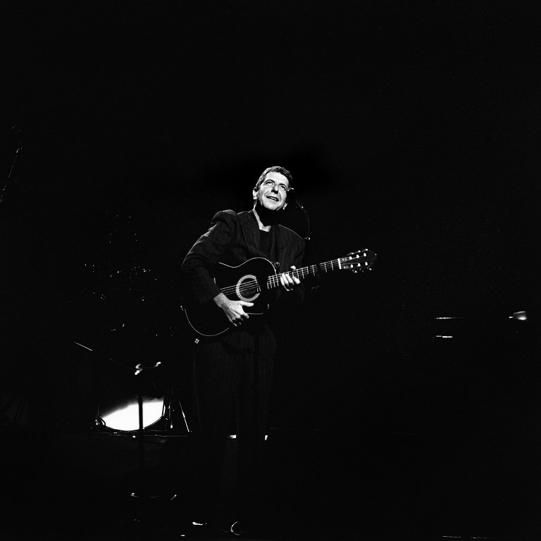 Previously Unpublished Photos Of Leonard Cohen In Concert