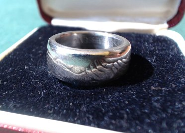 1973-50-pence-coin-ring-coin-carnival-20