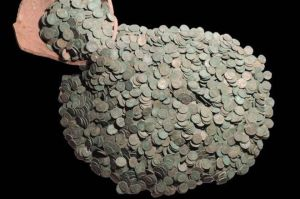 Lincolnshire Hoard of Roman Coins